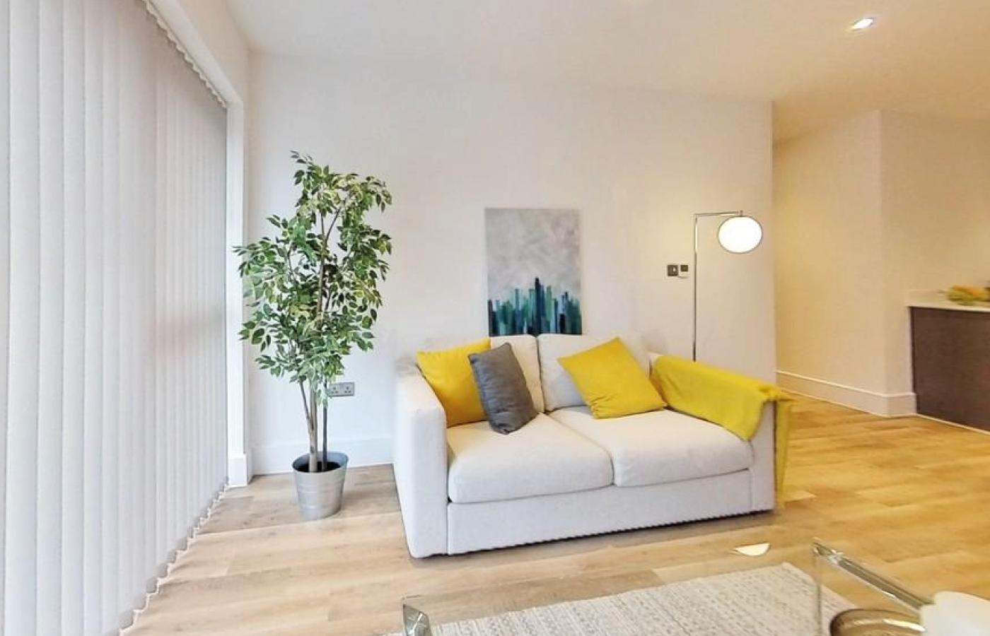 luxury apartment nottingham bridgford place living room