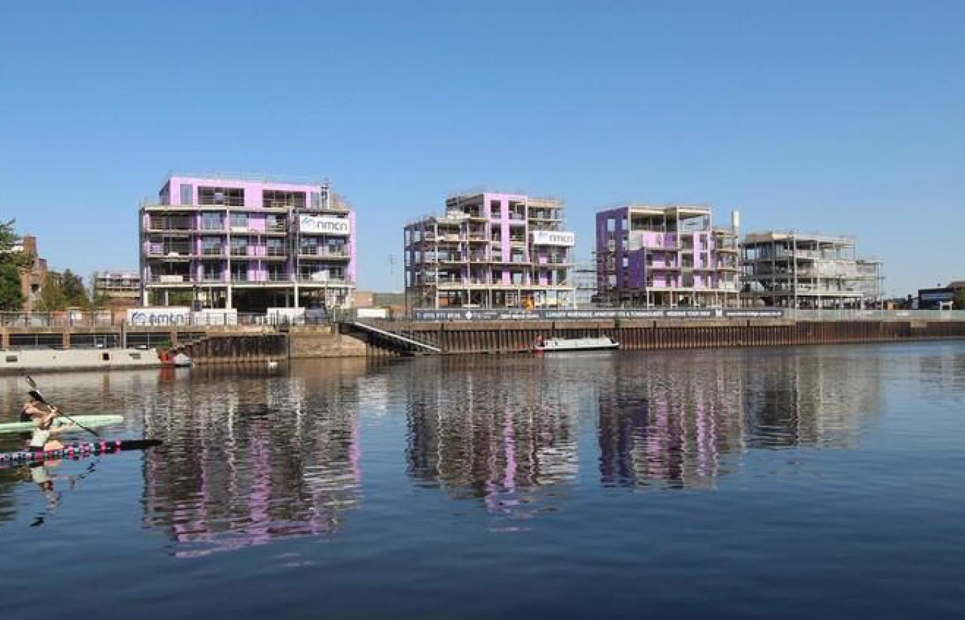 luxury apartment nottingham trent bridge quays under construction
