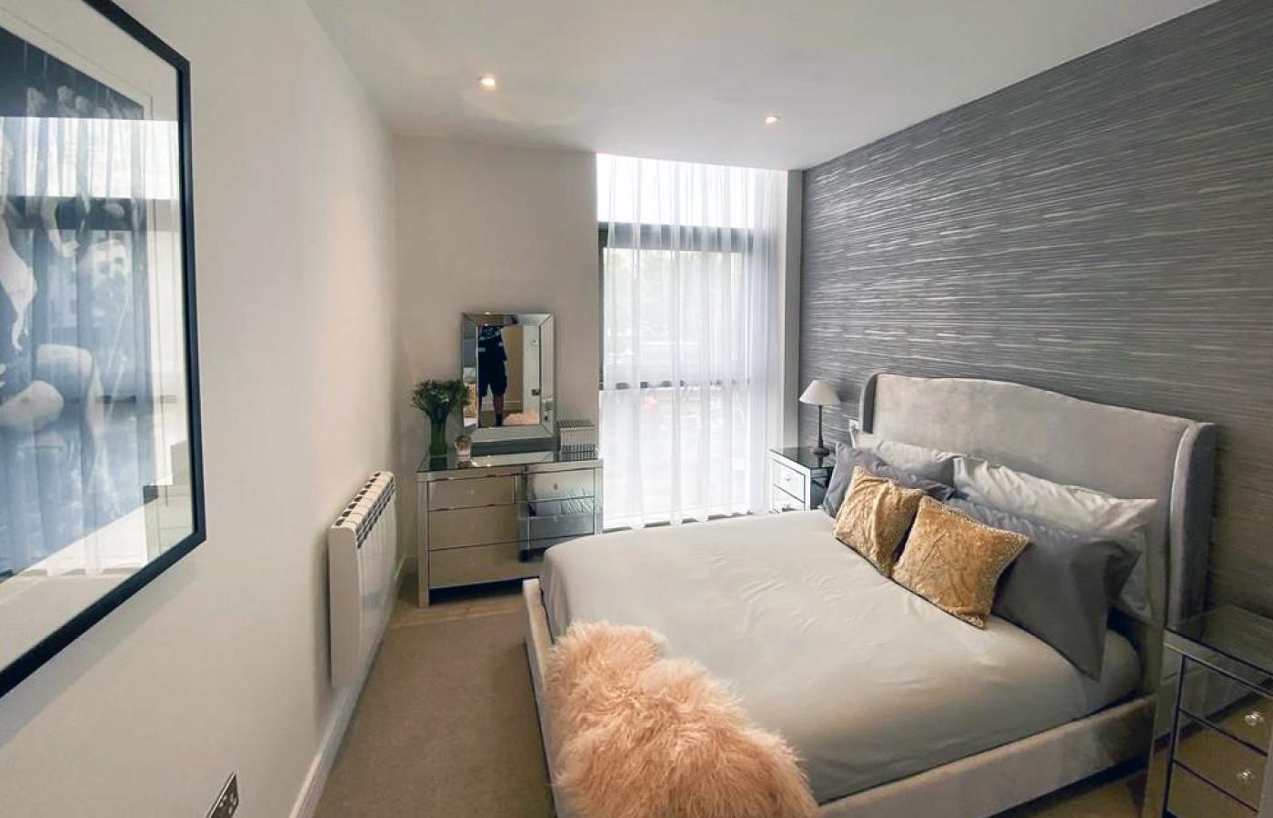 luxury apartment nottingham the waterside bedroom