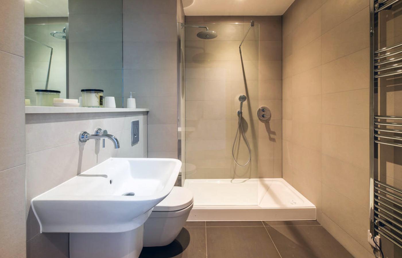 luxury apartment nottingham the waterside en-suite